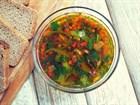 Овощной суп с луком порей, мангольдом и куркумой